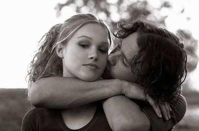 Heath Ledger and Julia Stiles in 10 Things I Hate About You (1999)