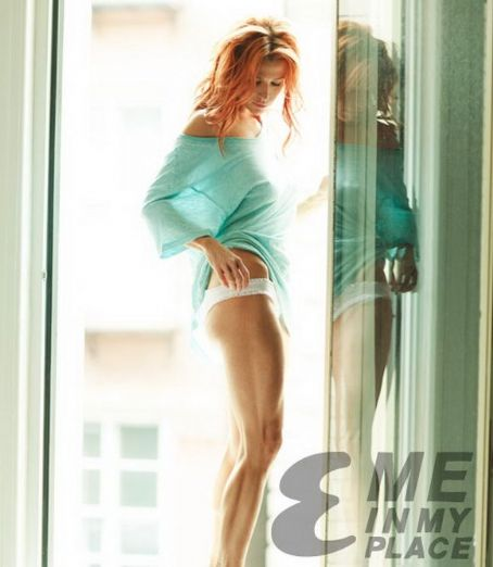 Poppy Montgomery - Esquire's Me In Place Campaign Photoshoot