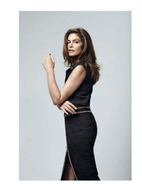 Cindy Crawford - Vogue Magazine Pictorial [Italy] (September 2020)