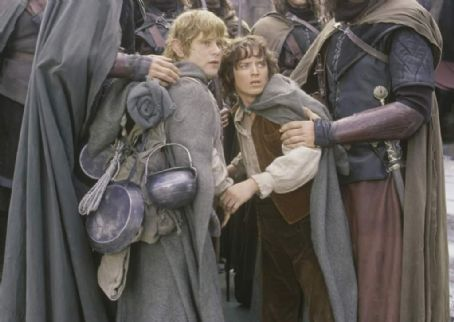 Sean Astin as Sam and Elijah Wood as Frodo in New Line's The Lord of The Rings: The Two Towers - 2002