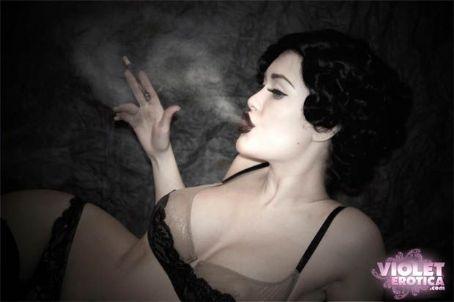 Viorotica Violet Erotica