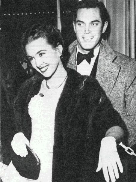 Barbara Rush & Jeffrey Hunter