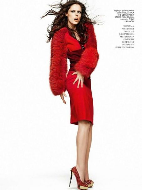 Coco Rocha - Madame Figaro Magazine Pictorial [Greece] (December 2011)