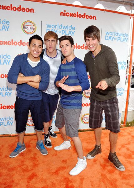Logan Henderson Nickelodeon celebrated their World Wide Day of Play today, September 24, in Washington DC