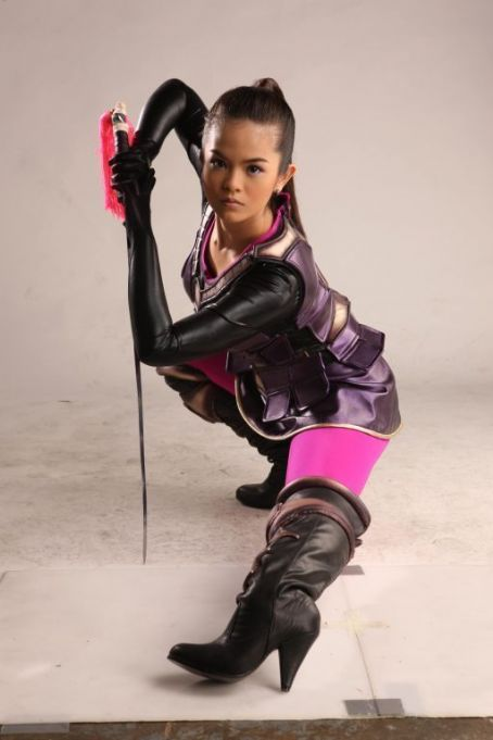 Bea Binene Captain Barbell (2011)