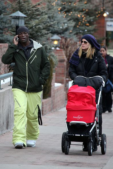 Heidi Klum and Seal Shop in Aspen with Lou