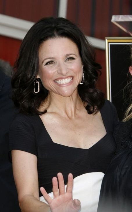 Julia Louis-Dreyfus Comedy Picked Up