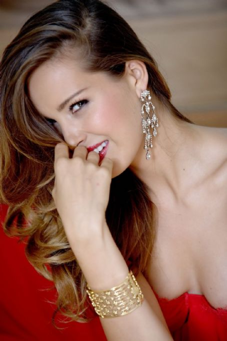 Petra Nemcova - Red Book