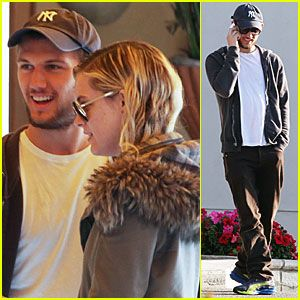 Alex Pettyfer: Engaged to Riley Keough?