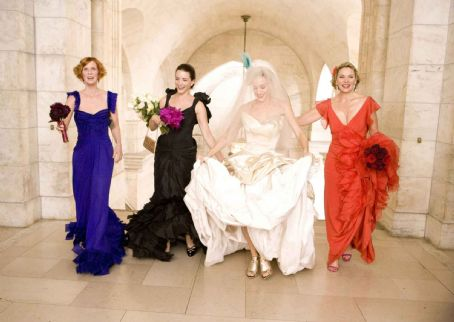 "Samantha Jones Cynthia Nixon (left) stars as ""Miranda Hobbes"", Kristin Davis (center left) stars as ""Charlotte York-Goldenblatt"", Sarah Jessica Parker (center right)stars as ""Carrie Bradshaw"" and Kim Cattrall (right) stars as ""S"