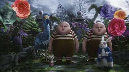 Matt Lucas Dodo: Tweedledee and Tweedledum (voiced by ) in the scene of Walt Disney Pictures' Alice in Wonderland. © Disney Enterprises, Inc. All rights reserved.