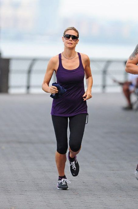 Heidi Klum out for an early morning jog in New York City (August 11)