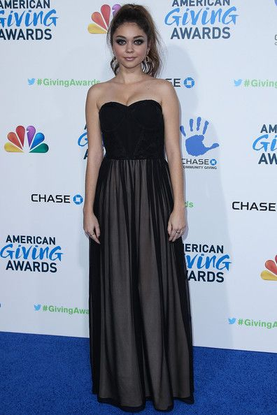 Sarah Hyland: 2nd Annual American Giving Awards