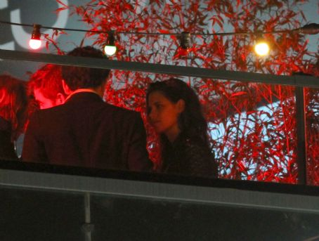 Kristen Stewart and Robert Pattinson Smooch at Cannes