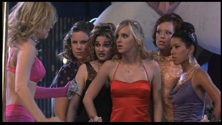 Alexandra Holden Megan Kuhlmann, Samia Doumit, Anna Faris,  and Maritza Murray in Touchstone's The Hot Chick - 2002