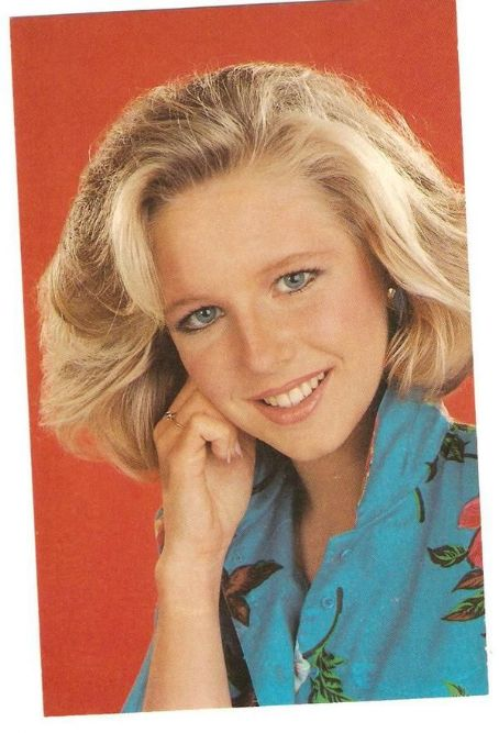 Lauralee Bell  As Cricket on Y&R 1980's