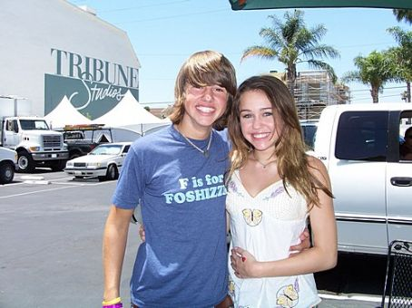 Matt Prokop Matt on the Hannah Montana lot with Miley Cyrus