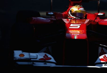 Fernando Alonso of Spain and Ferrari drives during qualifying for the Monaco Formula One Grand Prix at the Circuit de Monaco on May 26, 2012 in Monte Carlo, Monaco