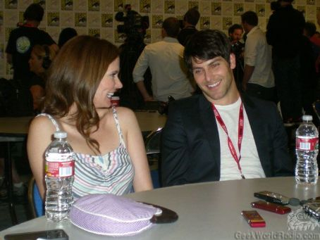 Bitsie Tulloch David Giuntoli and