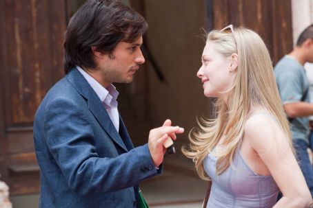 Gael García Bernal - GAEL GARCIA BERNAL and AMANDA SEYFRIED star in LETTERS TO JULIET. Photo: John Johnson. © 2010 Summit Entertainment, LLC. All rights reserved.