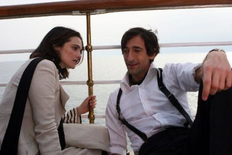 Adrien Brody and Rachel Weisz - The Brothers Bloom (2008)