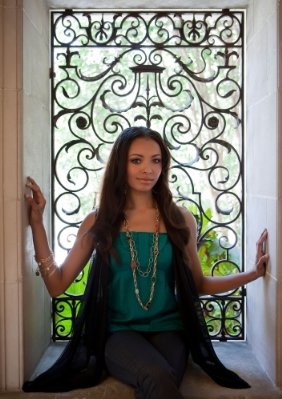 Kat Graham 2009 Fall TV Preview -