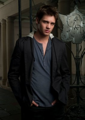 Steven R. McQueen 2009 Fall TV Preview -