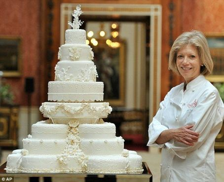 The eight-tiered Royal Wedding cake decorated with 900 sugar-paste flowers (with a secret symbolic meaning)...