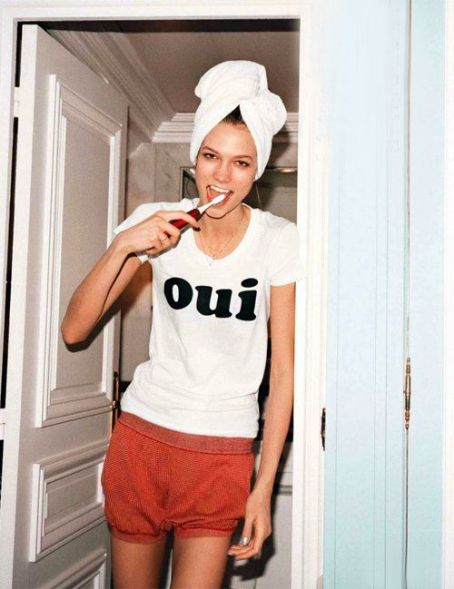 Karlie Kloss Glams Up British Vogue May 2012