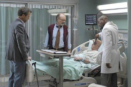 "Kurtwood Smith ""House M.D."" (2004)"