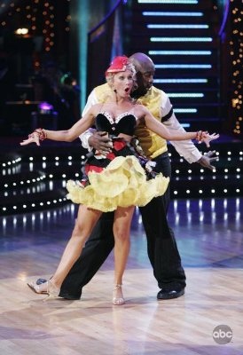 "Warren Sapp - ""Dancing with the Stars"" (2005)"