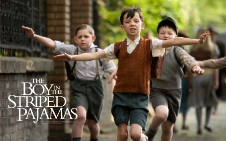 Asa Butterfield The Boy in the Striped Pyjamas Wallpaper