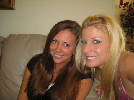 Krissy Vaine Krissy and her sister Kellye