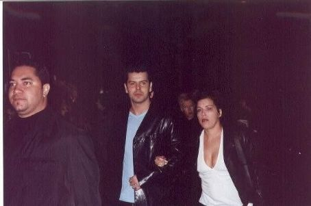 Jordan Knight and Evelyn Melendez http://www.allstarpics.net/0018612/020425571/jordan-knight-and-evelyn-melendez-pic.html