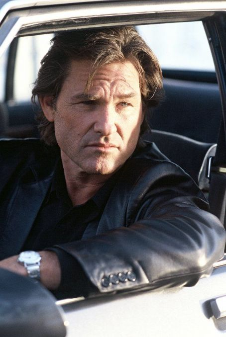 Dark Blue Kurt Russell stars as veteran L.A.P.D. detective Eldon Perry