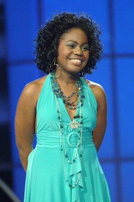 Paris Bennett - American Idol - Season 5 - Top 8 Girls Performance