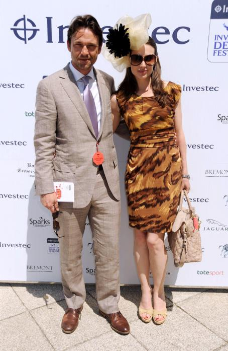 Claire Forlani - Investec Derby Day Lunch In Epsom June 3, 2010