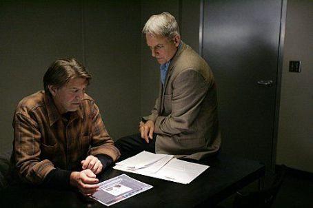 "Peter Coyote ""Navy NCIS: Naval Criminal Investigative Service"" (2003)"