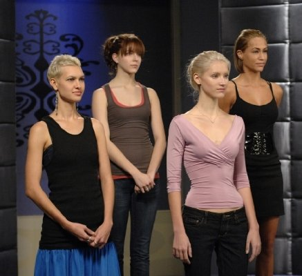"Anya Kop ""America's Next Top Model"" (2003)"